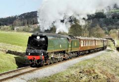 'Wells' looks at home at the head of the Easter Sunday Pullman Luncheon Train.