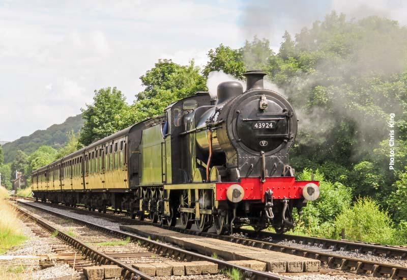 At the weekend 43924 will give way to visiting LMS 'Black 5' 4-6-0 44871  with the main service train for Saturday and Sunday with the Class 101 DMU  on the ...